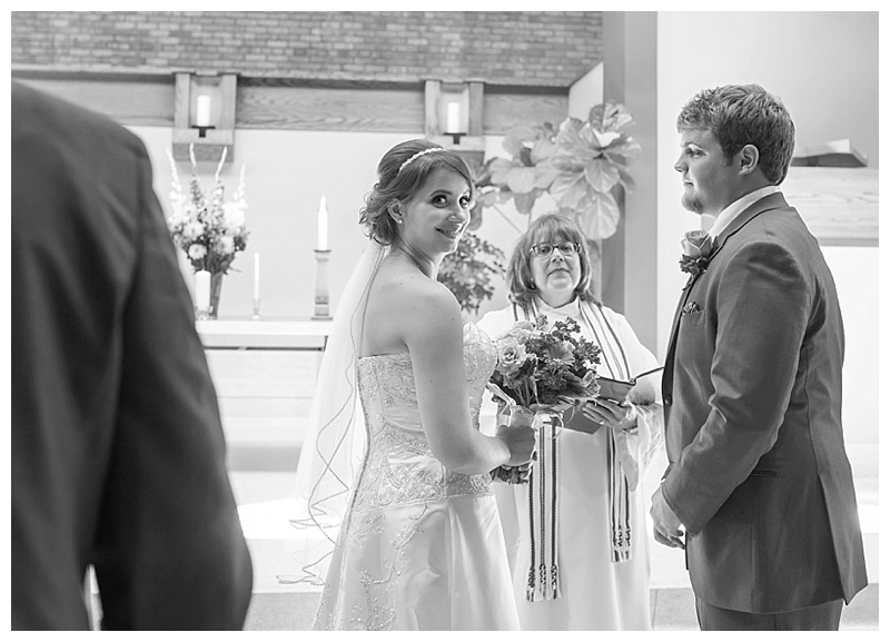 Appleton-wedding-Green-Bay-photographer-favorite-moments-best-of-2015-Gosias-Photography-ceremony-039.jpg