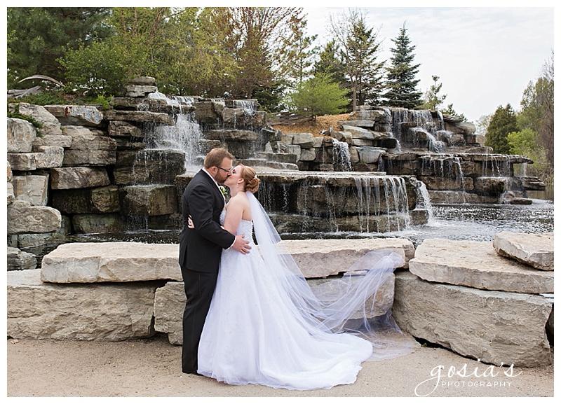 Gosias-Photography-Sepia-Chapel-ceremony-photographer-Radisson-reception-photos-Nature-Preserve-Wildlife-Sanctuary-Heather-Steven-wedding_0021.jpg