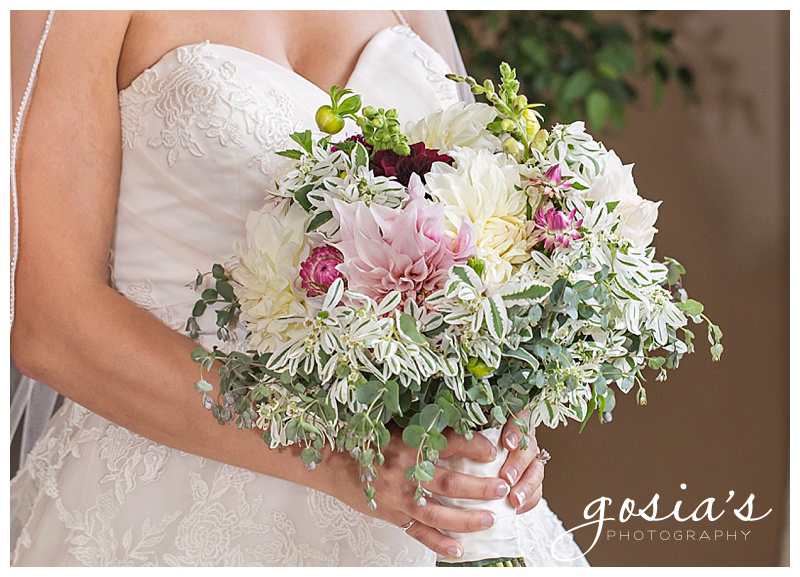 Gosias-Photography-Country-Elegance-ceremony-reception-farm-photographer-photos-Natalie-John-Hilbert-Wisconsin-_0019.jpg
