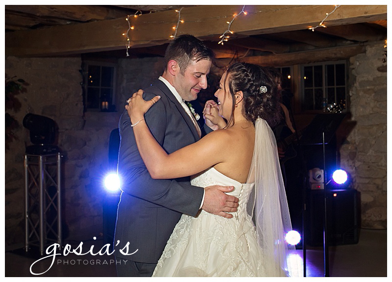 Gosias-Photography-Country-Elegance-ceremony-reception-farm-photographer-photos-Natalie-John-Hilbert-Wisconsin-_0038.jpg