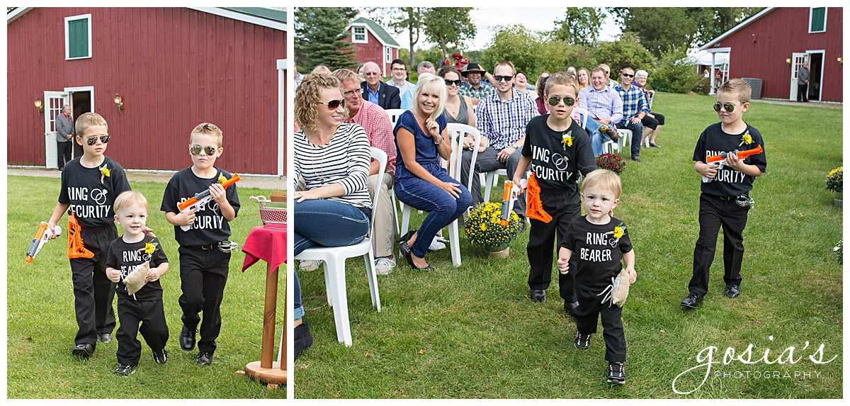 Gosias-Photography-wedding-photographer-Appleton-Homestead-Meadows-outdoor-ceremony-reception-Rachel-Zach-_0008.jpg