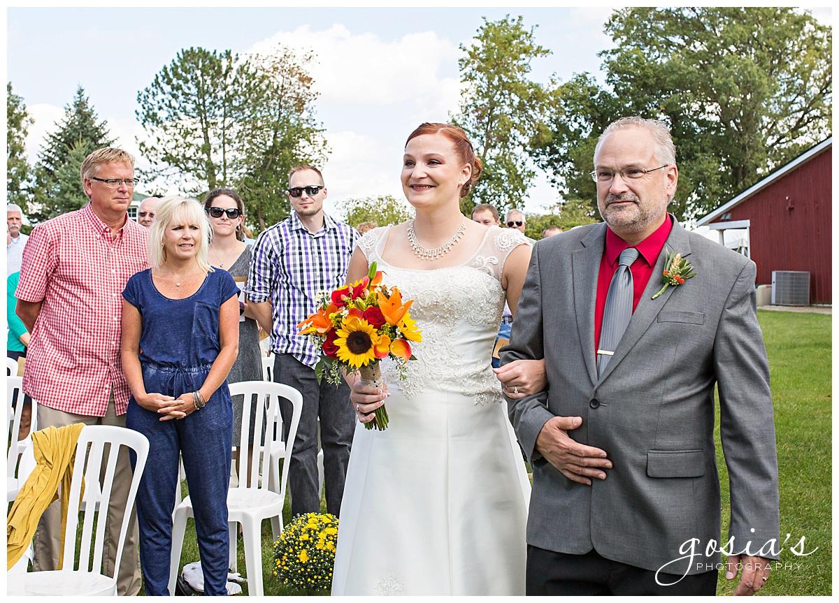 Gosias-Photography-wedding-photographer-Appleton-Homestead-Meadows-outdoor-ceremony-reception-Rachel-Zach-_0010.jpg
