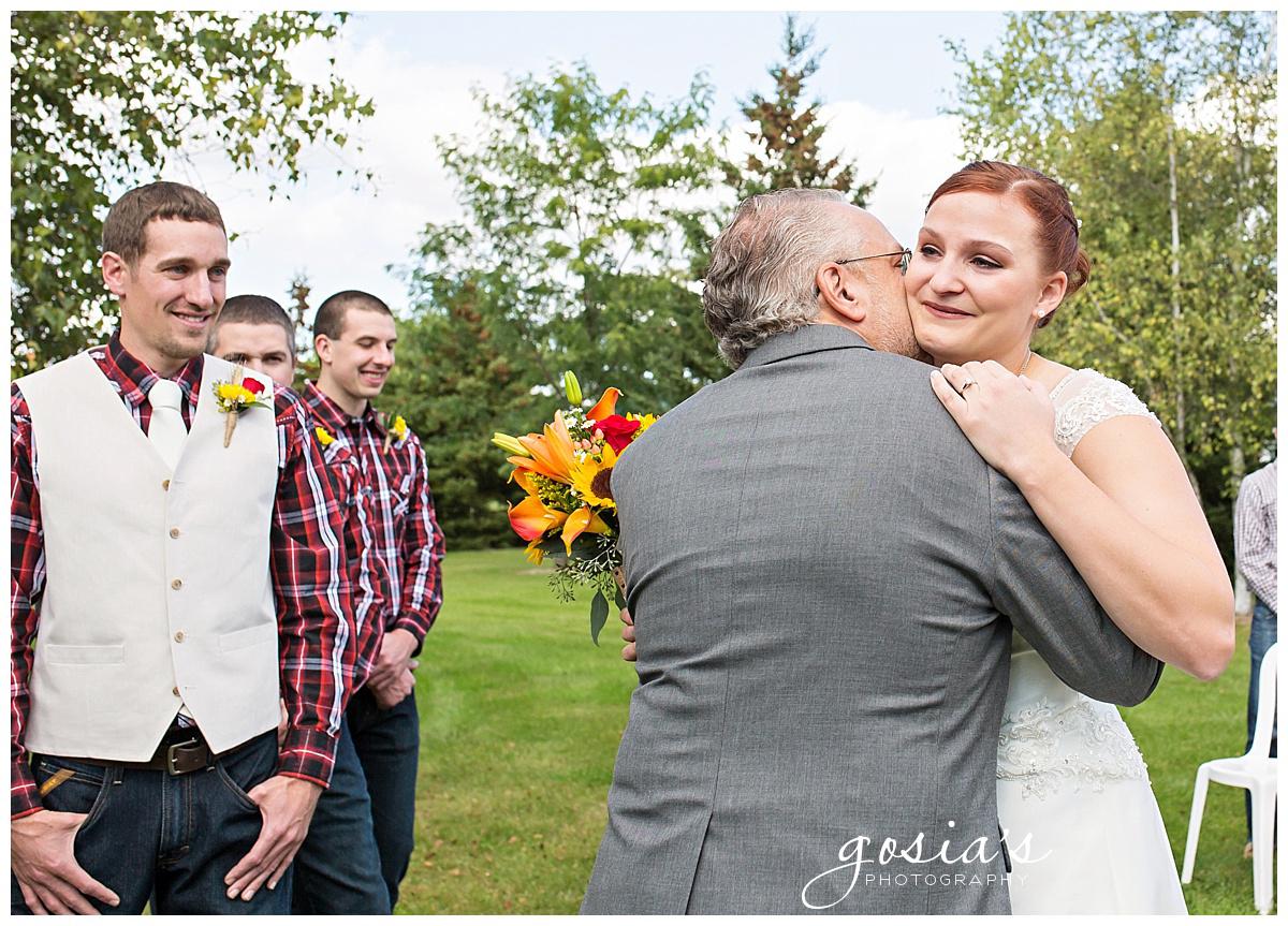 Gosias-Photography-wedding-photographer-Appleton-Homestead-Meadows-outdoor-ceremony-reception-Rachel-Zach-_0011.jpg