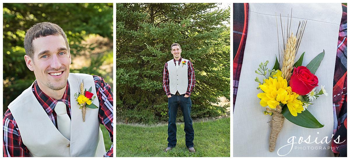 Gosias-Photography-wedding-photographer-Appleton-Homestead-Meadows-outdoor-ceremony-reception-Rachel-Zach-_0021.jpg