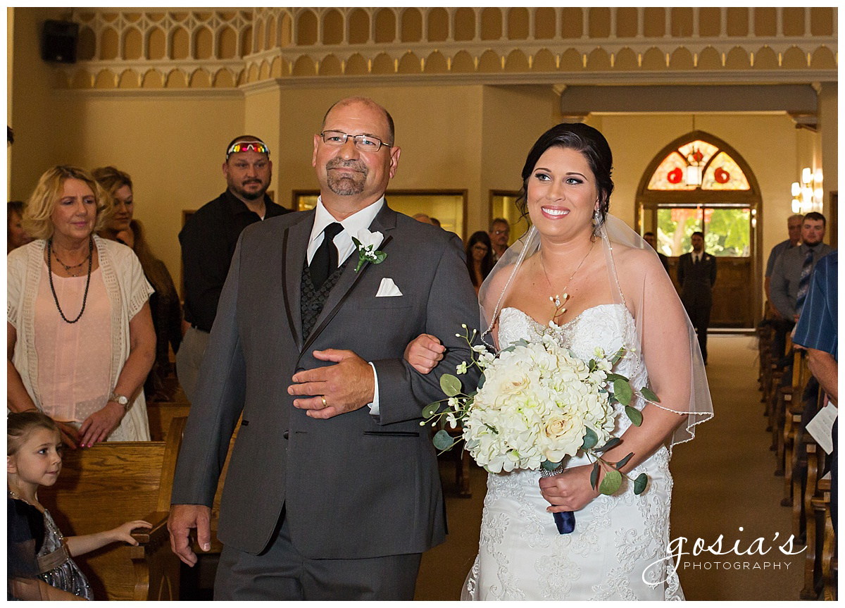 Gosias-Photography-wedding-photographer-Appleton-Kaukauna-ceremony-reception-Darboy-Club-_0006.jpg