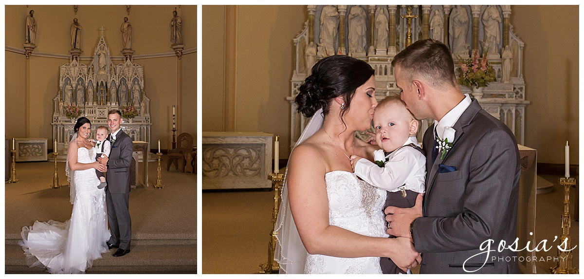 Gosias-Photography-wedding-photographer-Appleton-Kaukauna-ceremony-reception-Darboy-Club-_0010.jpg