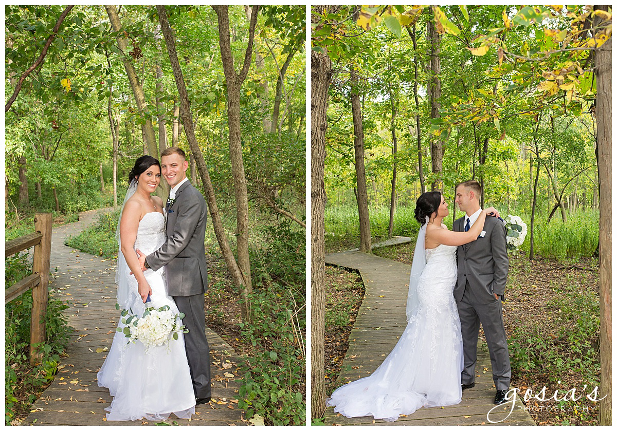 Gosias-Photography-wedding-photographer-Appleton-Kaukauna-ceremony-reception-Darboy-Club-_0014.jpg