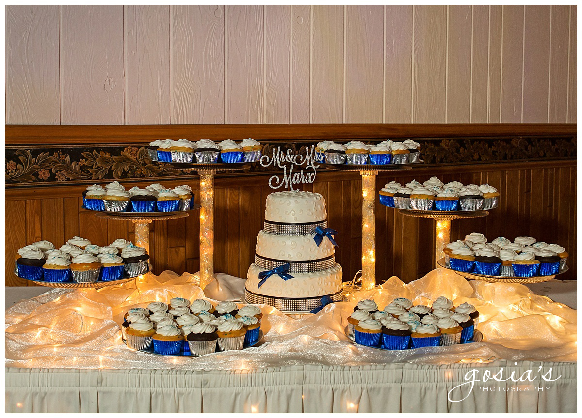 Gosias-Photography-wedding-photographer-Appleton-Kaukauna-ceremony-reception-Darboy-Club-_0024.jpg