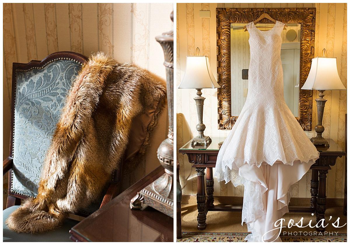 Gosias-Photography-Appleton-wedding-photographer-Saint-Paul-James-J-Hill-Center-ceremony-reception-Minnesota-_0001.jpg