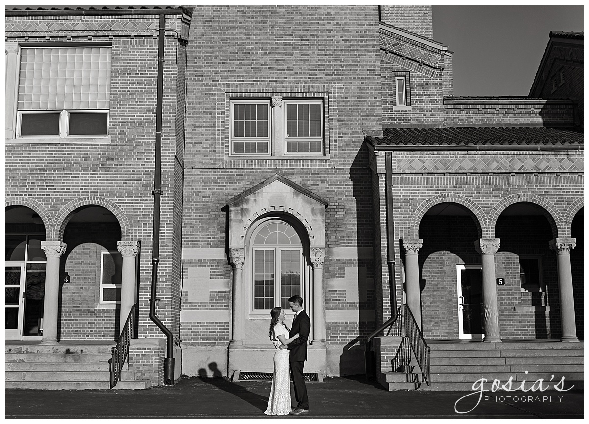 Gosias-Photography-Appleton-wedding-photographer-Saint-Monica-Parish-ceremony-Milwaukee-_0021.jpg