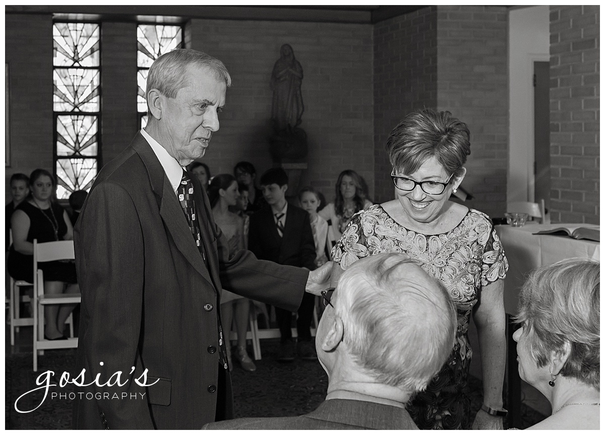 Gosias-Photography-Appleton-wedding-photographer-Saint-Monica-Parish-ceremony-Milwaukee-_0022.jpg