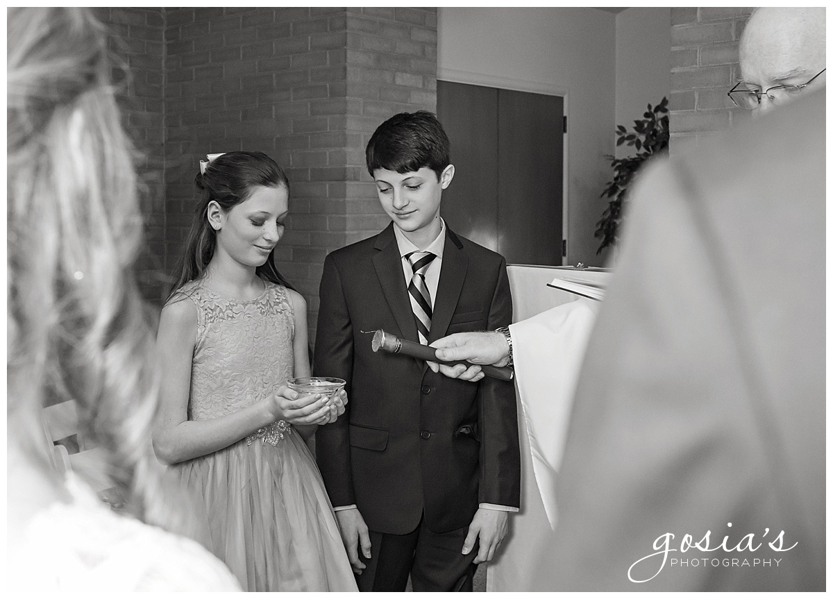Gosias-Photography-Appleton-wedding-photographer-Saint-Monica-Parish-ceremony-Milwaukee-_0012.jpg