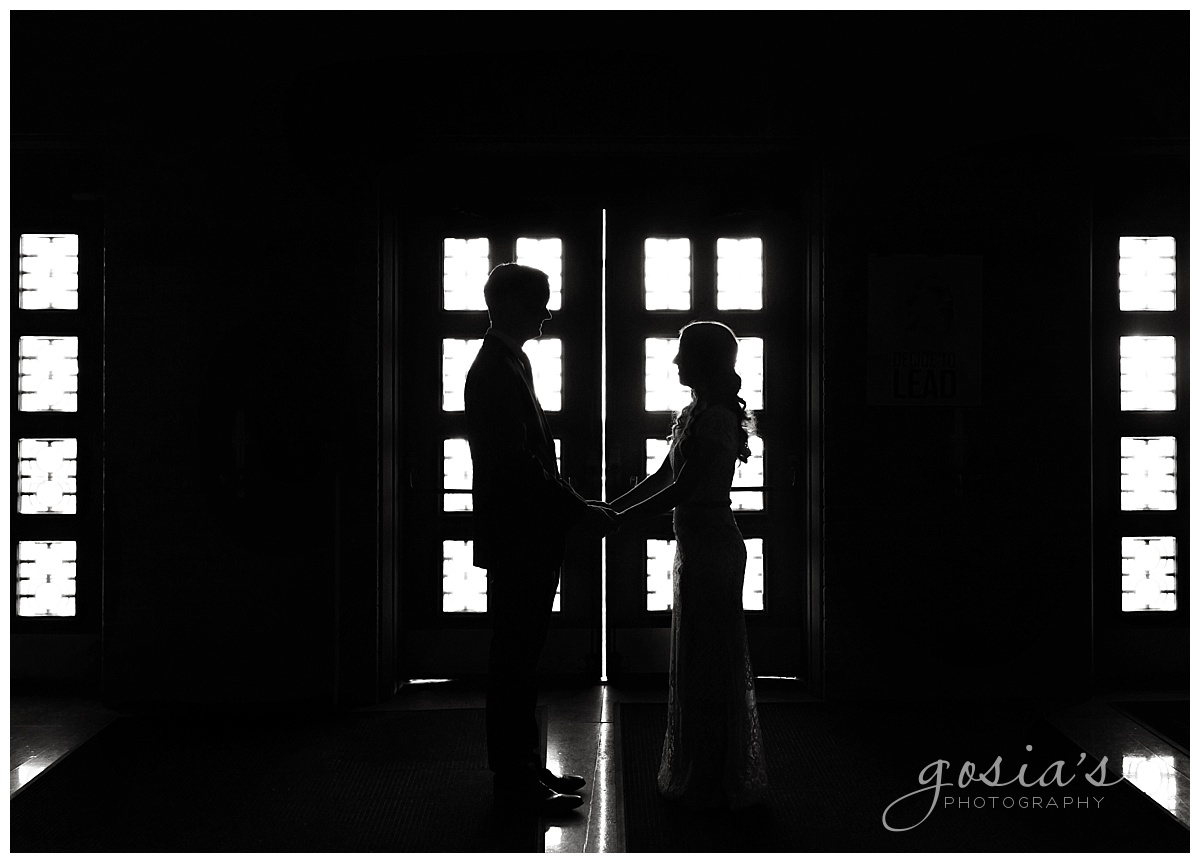 Gosias-Photography-Appleton-wedding-photographer-Saint-Monica-Parish-ceremony-Milwaukee-_0016.jpg