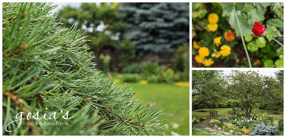 Gosias-Photography-Appleton-wedding-photographer-fall-engagement-session-Green-Bay-Botanical-Gardens-GBBG-_0005.jpg