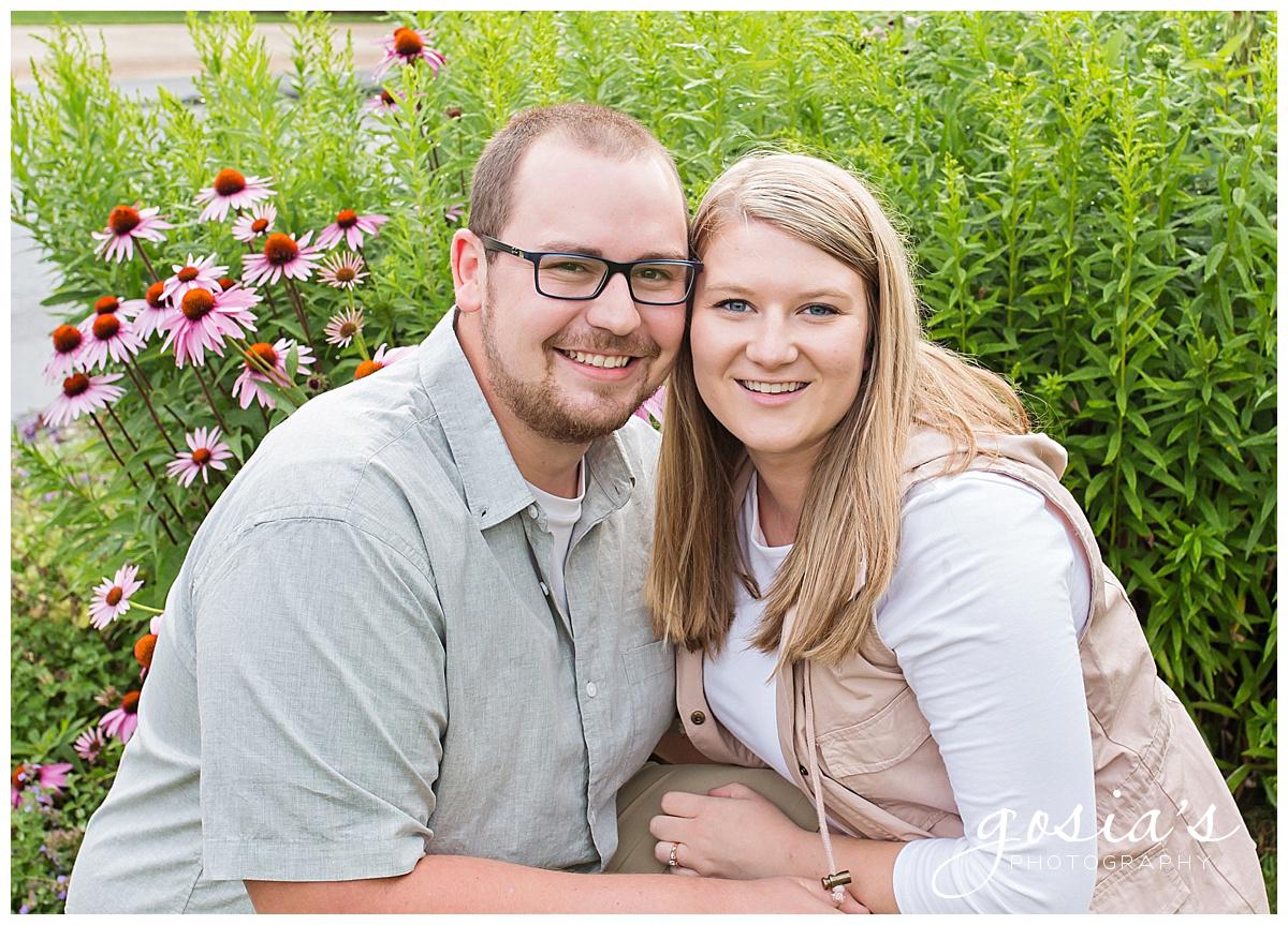 Gosias-Photography-Appleton-wedding-photographer-fall-engagement-session-Green-Bay-Botanical-Gardens-GBBG-_0011.jpg