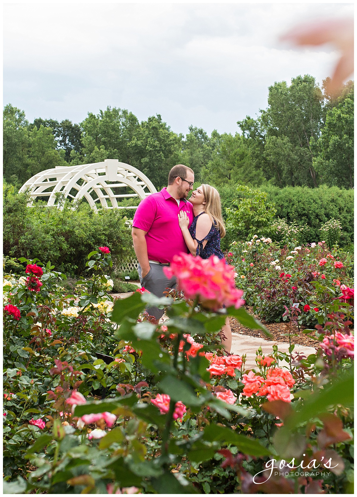 Gosias-Photography-Appleton-wedding-photographer-fall-engagement-session-Green-Bay-Botanical-Gardens-GBBG-_0010.jpg