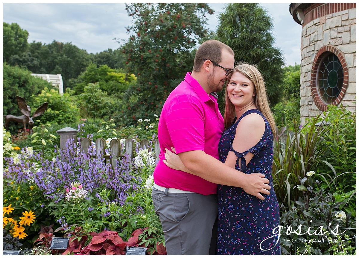 Gosias-Photography-Appleton-wedding-photographer-fall-engagement-session-Green-Bay-Botanical-Gardens-GBBG-_0009.jpg