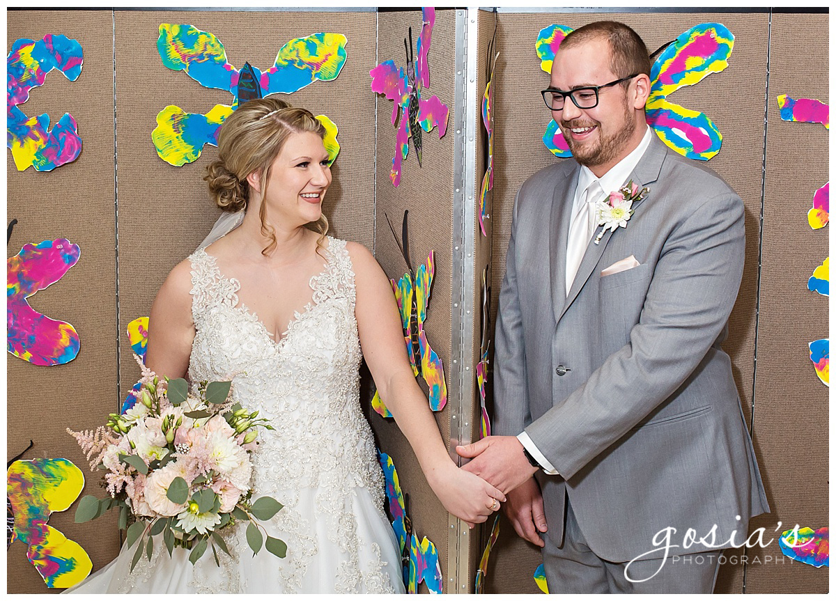 Gosias-Photography-Appleton-wedding-photographer-Fond-du-Lac-ceremony-Holiday-Inn-reception-Shelby-Ryan-_0008.jpg