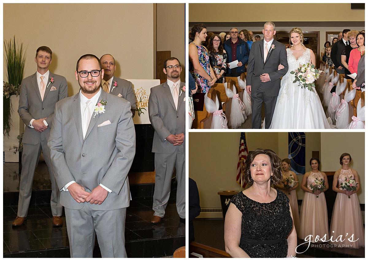 Gosias-Photography-Appleton-wedding-photographer-Fond-du-Lac-ceremony-Holiday-Inn-reception-Shelby-Ryan-_0009.jpg