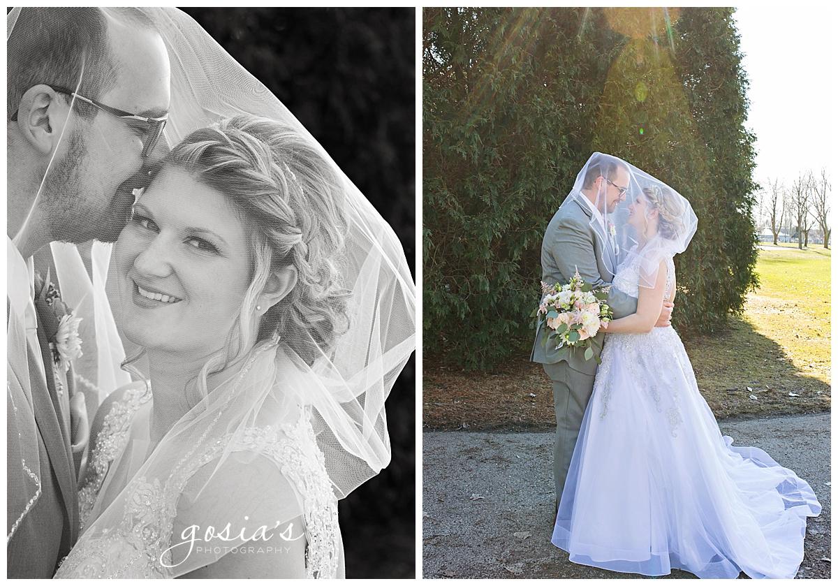 Gosias-Photography-Appleton-wedding-photographer-Fond-du-Lac-ceremony-Holiday-Inn-reception-Shelby-Ryan-_0025.jpg
