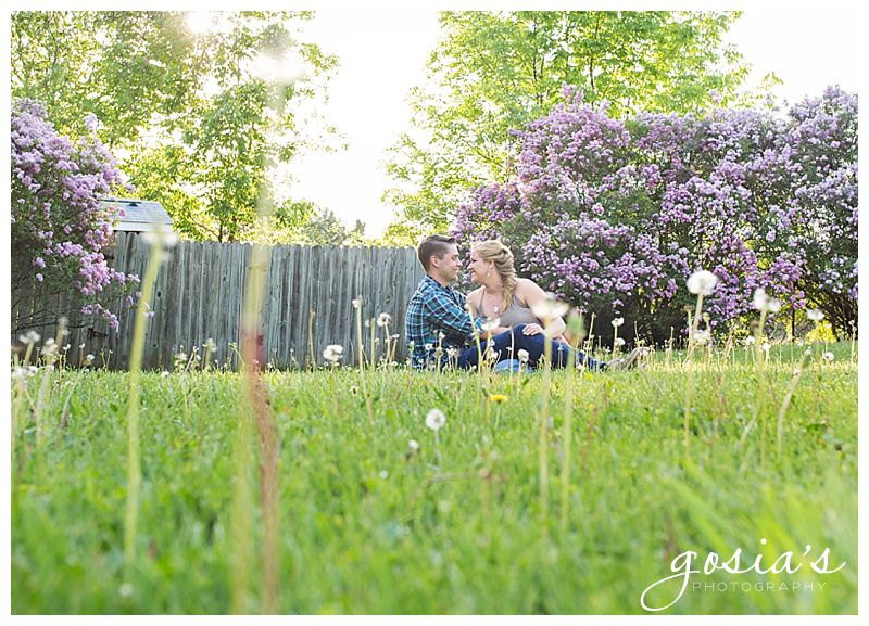 Gosias-Photography-wedding-photographer-Plamann-Park-engagement-session-_0002.jpg