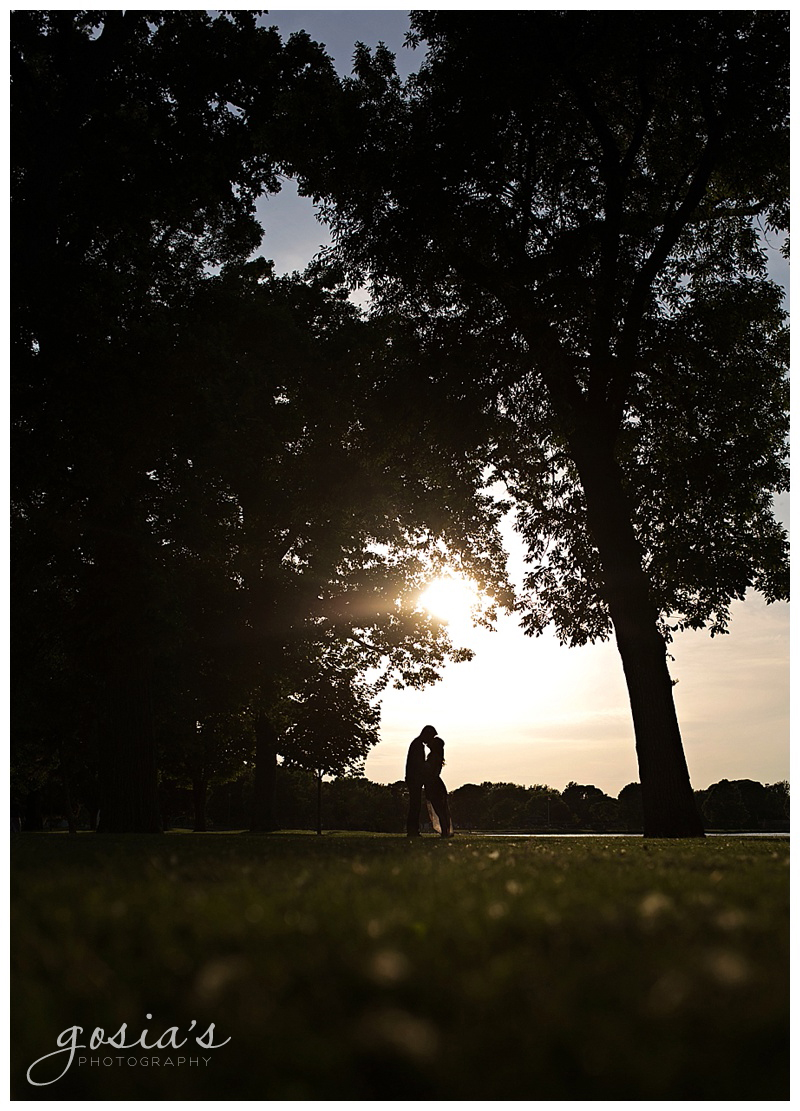 COURTNEY&PATRICK - MENOMONIE-PARK-ENGAGEMENT-SESSION-PHOTOGRAPHER-OSHKOSH-FOX-VALLEY-WI-GOSIA'S PHOTOGRAPHY_0008.jpg