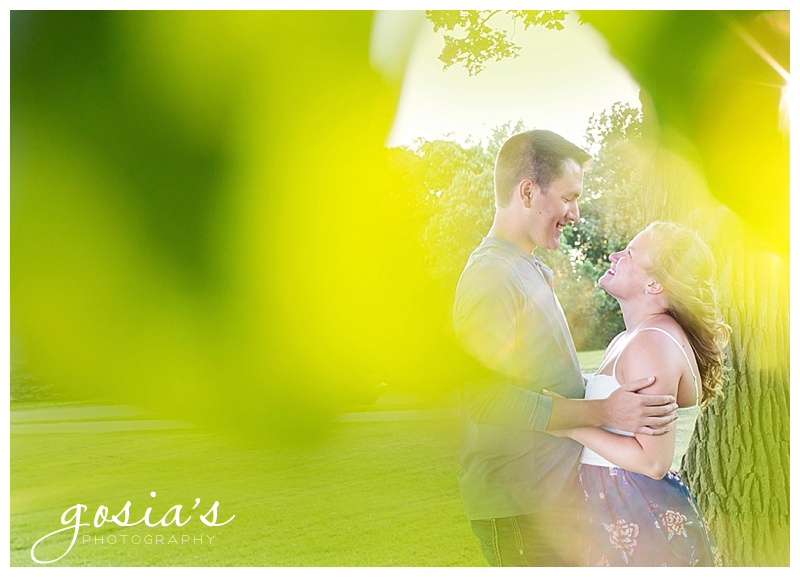COURTNEY&PATRICK - MENOMONIE-PARK-ENGAGEMENT-SESSION-PHOTOGRAPHER-OSHKOSH-FOX-VALLEY-WI-GOSIA'S PHOTOGRAPHY_0006.jpg