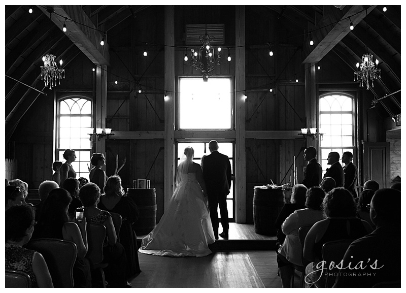 Lisa&Nick-Appleton-wedding-photographer-Gosias-Photography-trybas-simply-country-barn-_0013.jpg