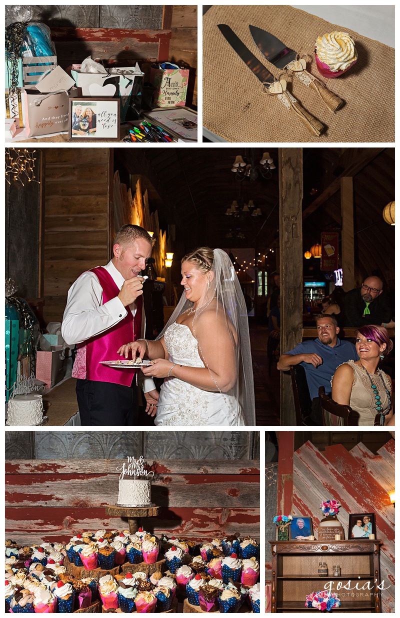 Lisa&Nick-Appleton-wedding-photographer-Gosias-Photography-trybas-simply-country-barn-_0028.jpg