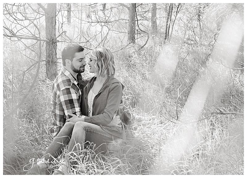 Appleton-wedding-photographer-Gosias-Photography-engagement-Plamann-Park-session-Alec-Emily-_0013.jpg