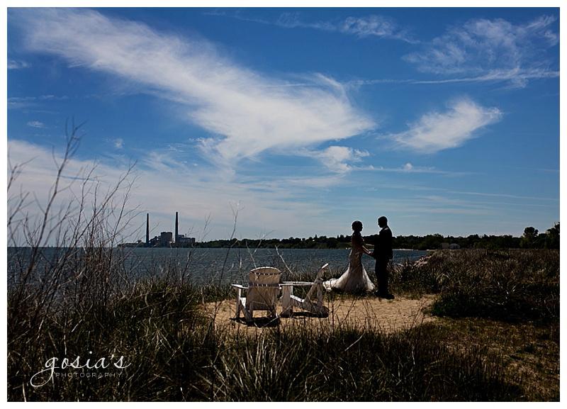 Appleton-wedding-photographer-Gosias-Photography-Blue-Harbor-Road-America-bridal-Veronica-David-_0001.jpg