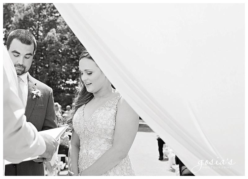 Appleton-wedding-photographer-Gosias-Photography-Blue-Harbor-Road-America-bridal-Veronica-David-_0016.jpg