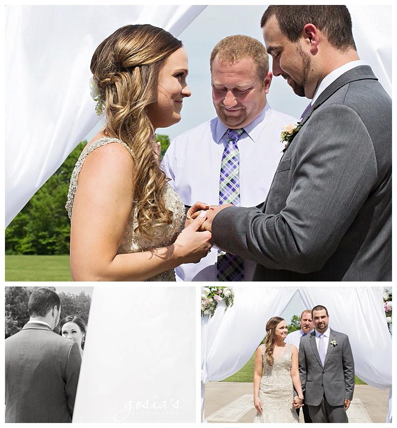 Appleton-wedding-photographer-Gosias-Photography-Blue-Harbor-Road-America-bridal-Veronica-David-_0017.jpg