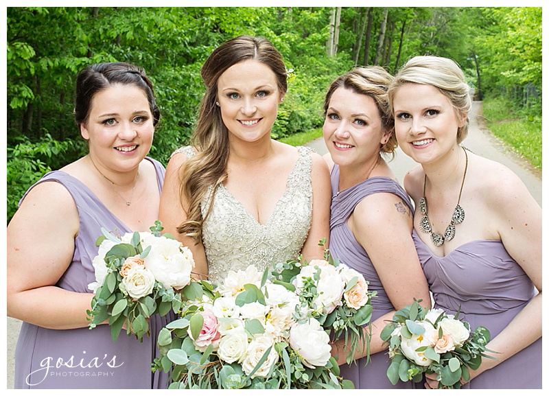 Appleton-wedding-photographer-Gosias-Photography-Blue-Harbor-Road-America-bridal-Veronica-David-_0021.jpg