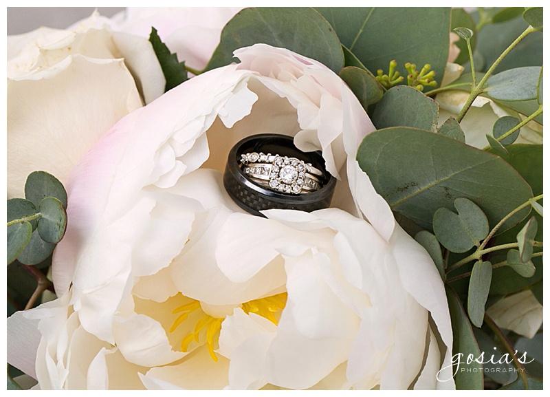 Appleton-wedding-photographer-Gosias-Photography-Blue-Harbor-Road-America-bridal-Veronica-David-_0032.jpg