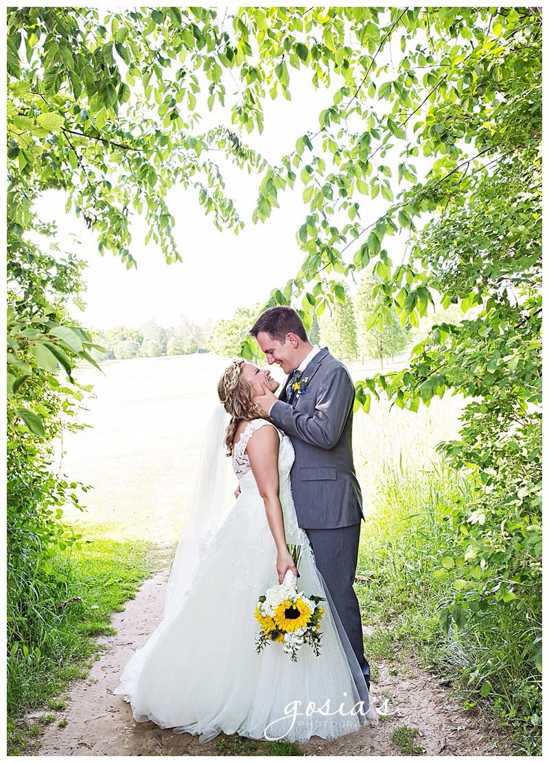 Appleton-wedding-photographer-Gosias-Photography-Whispering-Springs-Golf-Course-Fond-du-Lac-Courtney-and-Patrick-_0001.jpg
