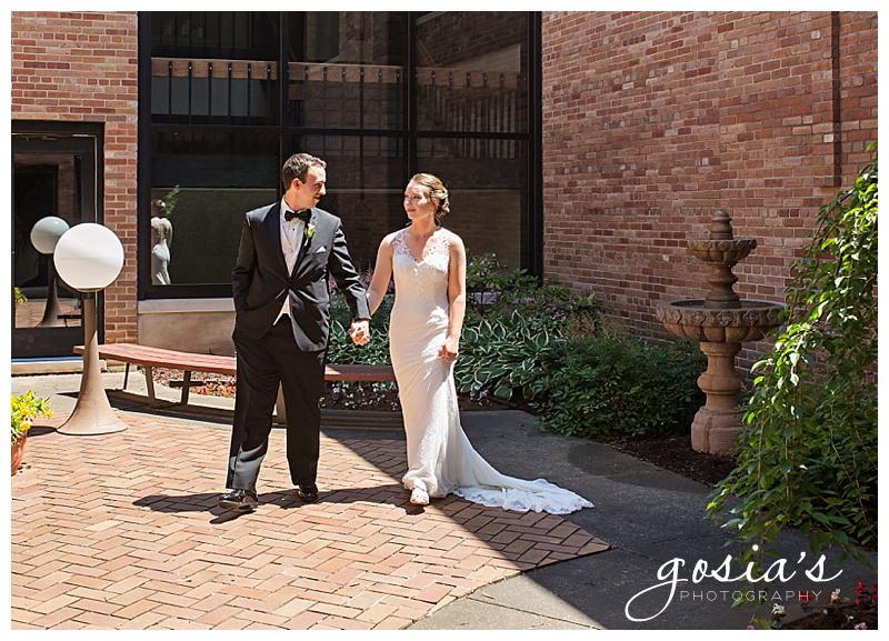 Appleton-wedding-photographer-Gosias-Photography-New-Hope-Lutheran-ceremony-Grand-Meridian-reception-Kayla-and-Ryan-_0012.jpg