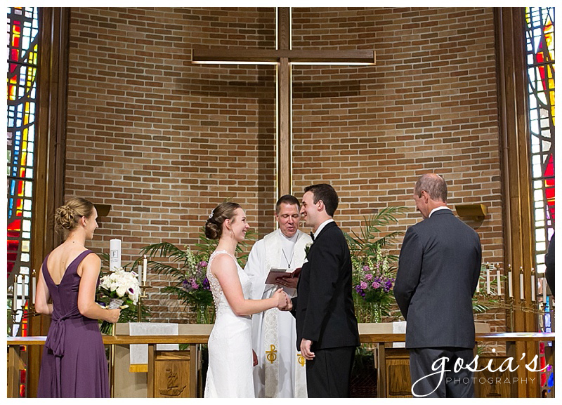 Appleton-wedding-photographer-Gosias-Photography-New-Hope-Lutheran-ceremony-Grand-Meridian-reception-Kayla-and-Ryan-_0018.jpg