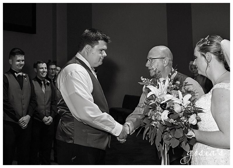 Appleton-wedding-photographer-Gosias-Photography-New-Hope-Lutheran-ceremony-ceremony-Bubolz-Nature-Preserve-reception-Kira-and-Zach-_0016.jpg