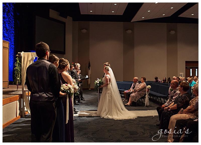 Appleton-wedding-photographer-Gosias-Photography-New-Hope-Lutheran-ceremony-ceremony-Bubolz-Nature-Preserve-reception-Kira-and-Zach-_0017.jpg