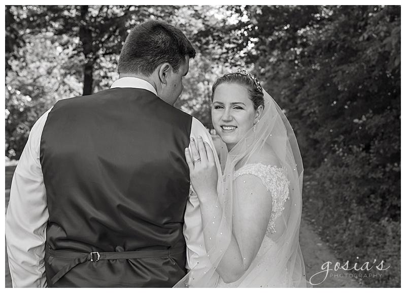 Appleton-wedding-photographer-Gosias-Photography-New-Hope-Lutheran-ceremony-ceremony-Bubolz-Nature-Preserve-reception-Kira-and-Zach-_0040.jpg