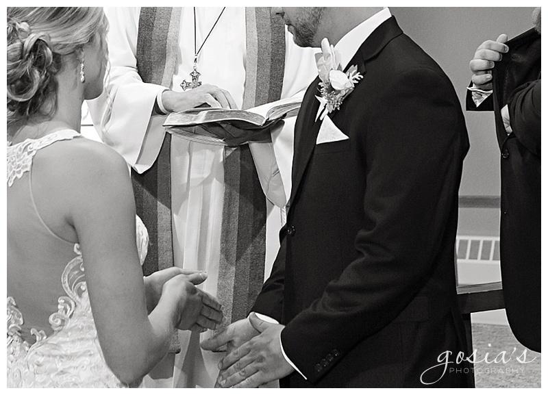 Appleton-wedding-photographer-Gosias-Photography-Waverly-Beach-Sarah-Sean-reception-Lutheran-ceremony-_0015.jpg