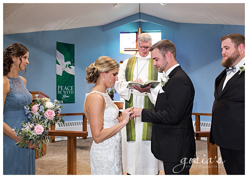 Appleton-wedding-photographer-Gosias-Photography-Waverly-Beach-Sarah-Sean-reception-Lutheran-ceremony-_0016.jpg