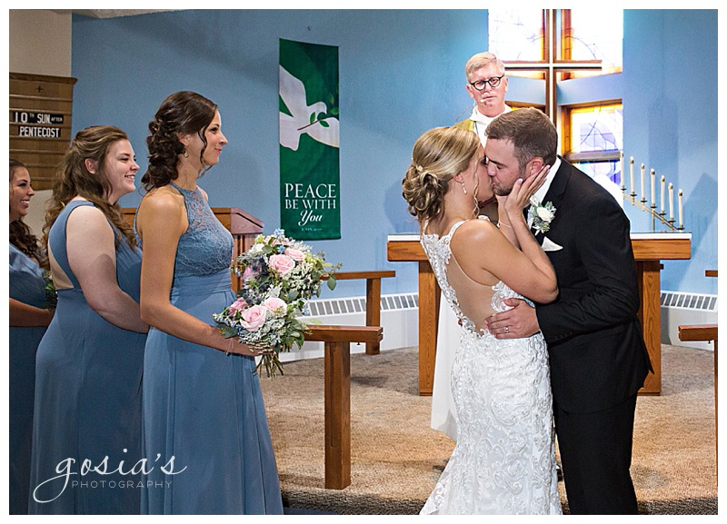 Appleton-wedding-photographer-Gosias-Photography-Waverly-Beach-Sarah-Sean-reception-Lutheran-ceremony-_0019.jpg