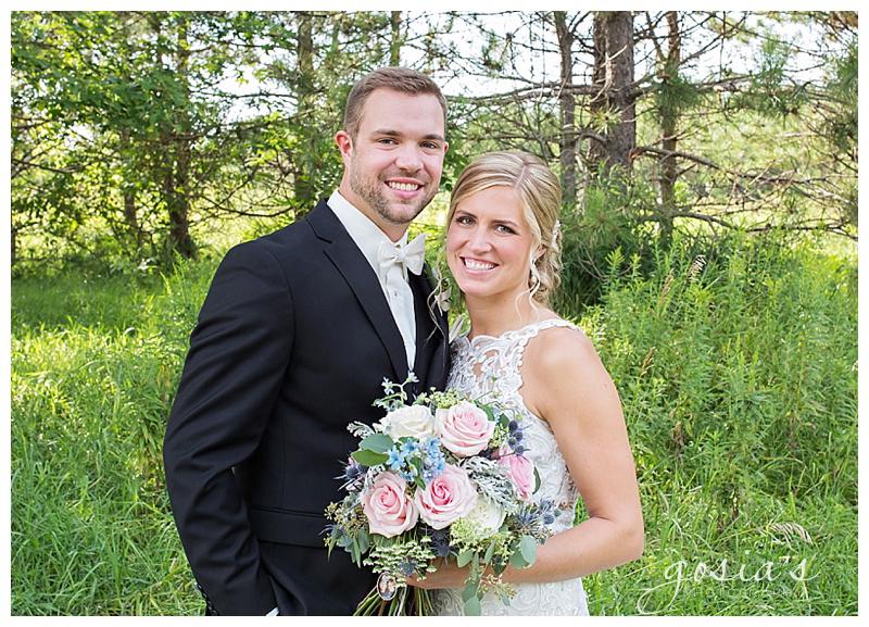 Appleton-wedding-photographer-Gosias-Photography-Waverly-Beach-Sarah-Sean-reception-Lutheran-ceremony-_0025.jpg