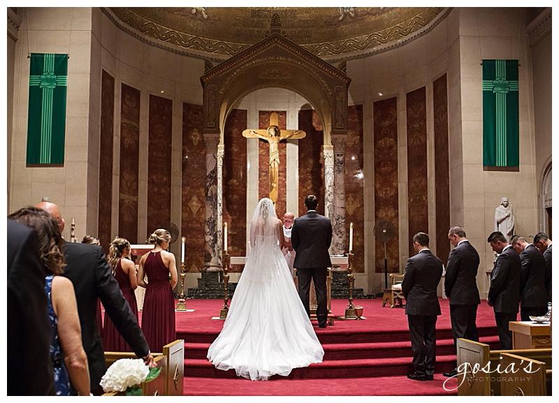 Appleton-wedding-photographer-Gosias-Photography-Milwaukee-ceremony-reception-Marcus-Performing-Arts-Center-_0011.jpg