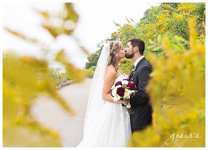 Appleton-wedding-photographer-Gosias-Photography-Milwaukee-ceremony-reception-Marcus-Performing-Arts-Center-_0028.jpg