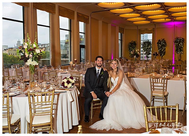 Appleton-wedding-photographer-Gosias-Photography-Milwaukee-ceremony-reception-Marcus-Performing-Arts-Center-_0038.jpg