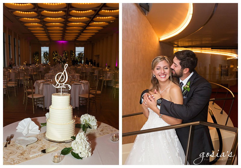 Appleton-wedding-photographer-Gosias-Photography-Milwaukee-ceremony-reception-Marcus-Performing-Arts-Center-_0040.jpg