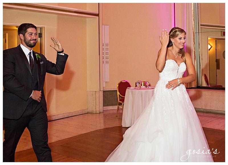 Appleton-wedding-photographer-Gosias-Photography-Milwaukee-ceremony-reception-Marcus-Performing-Arts-Center-_0044.jpg